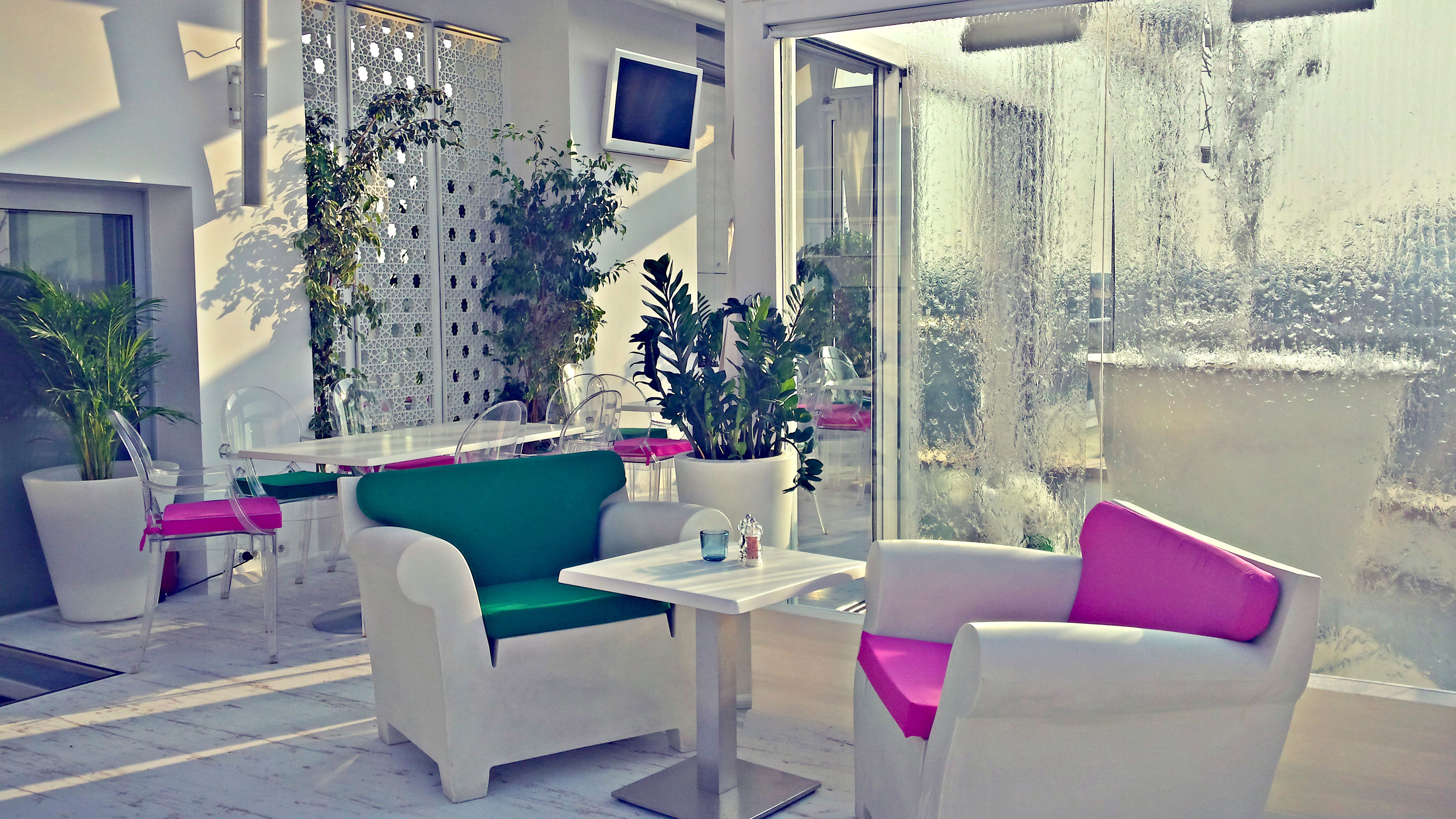 CR DESIGN - Design Interior Sky Bar Dorobanti